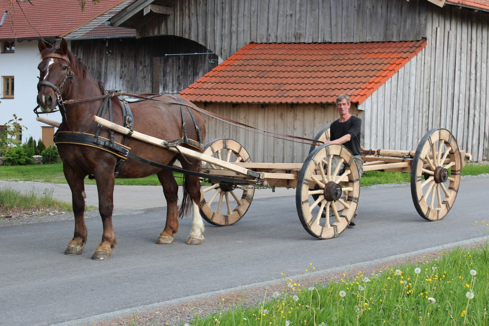 About Wheelwright / Coach Builder Andreas Hauck - and the press and media about the workshop wheels and wagons